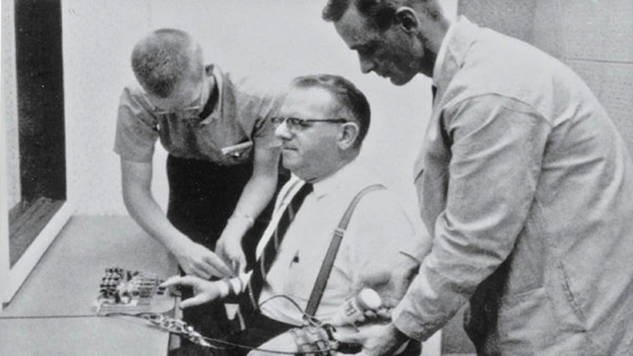 Experimento Milgram: devemos obedecer sempre?